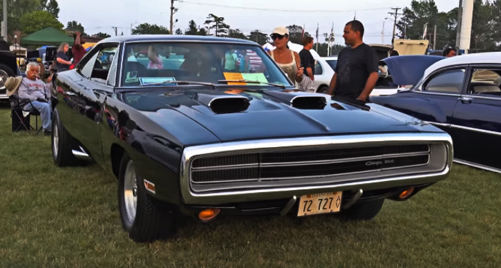 custom 1970 dodge charger 500