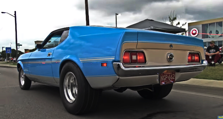 loud 1971 ford mustang boss 351