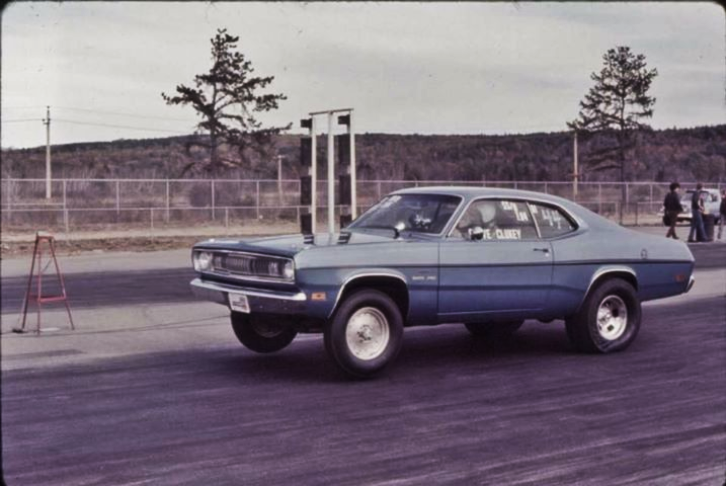 1970 plymouth duster 4-speed lenco