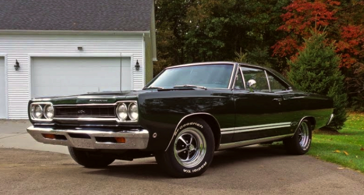 racing green 1968 plymouth gtx