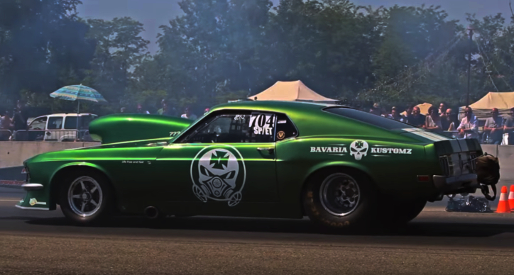 modified 1970 ford mustang drag racing
