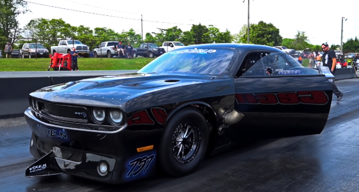 jack french vixen hellcat challenger drag racing