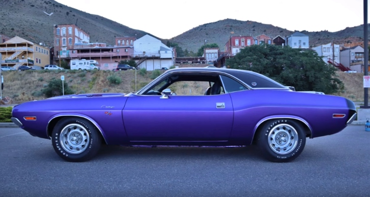 plum crazy purple 1970 dodge hemi challenger