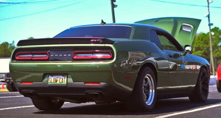 2018 dodge challenger roll racing