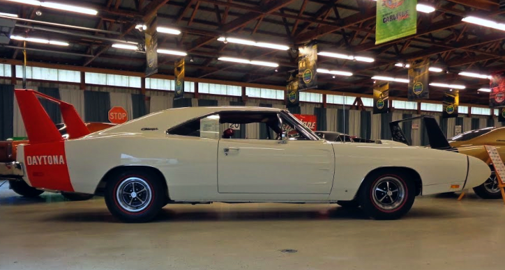 1969 dodge charger dayton 440 4-speed