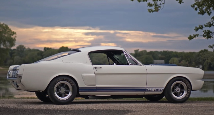 classic mustang gt350r