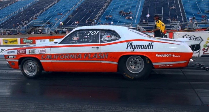 california flash plymouth duster drag racing