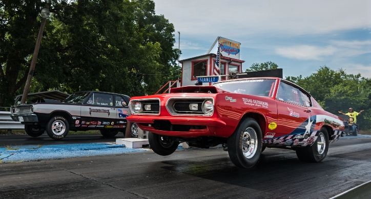 1968 plymouth barracuda race car