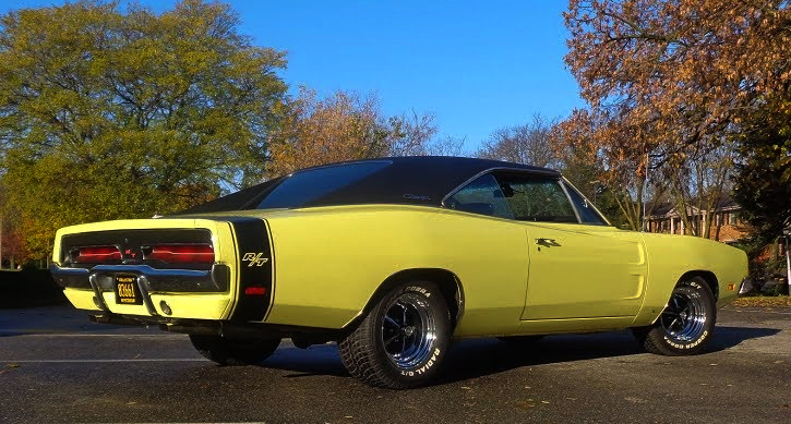 1969 dodge charger r/t 440 four speed
