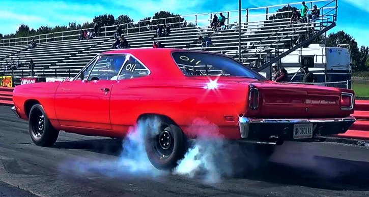 A12 plymouth road runner pure stock drags