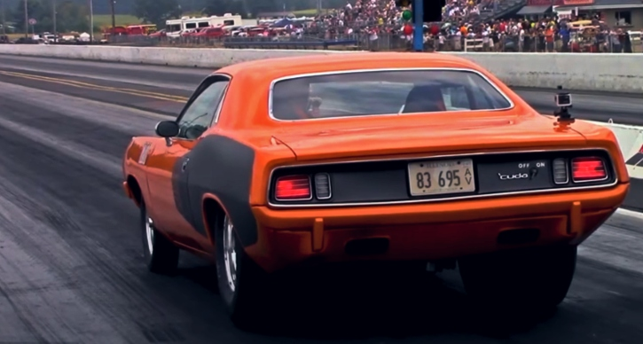 blown big block plymouth cuda drag racing