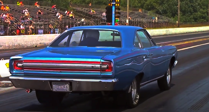 plymouth road runner 1/4 mile video