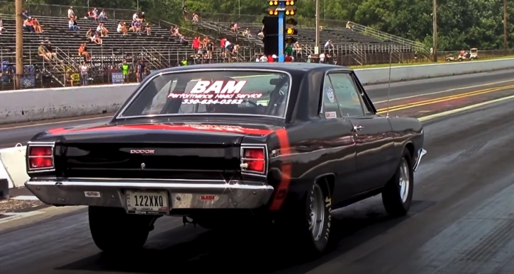 a body mopar drag racing