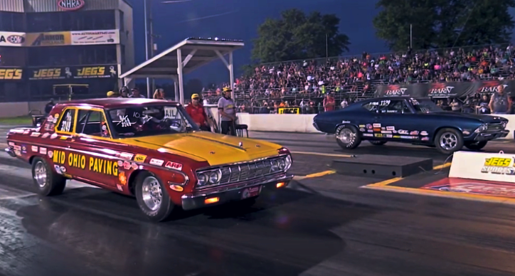 plymouth belvedere vs chevy chevelle 1/4 mile race