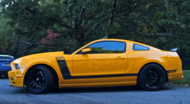 yellow 2013 mustang boss 302