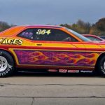 modern dodge hemi challenger drag racing