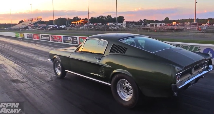 1967 ford mustang drag racing