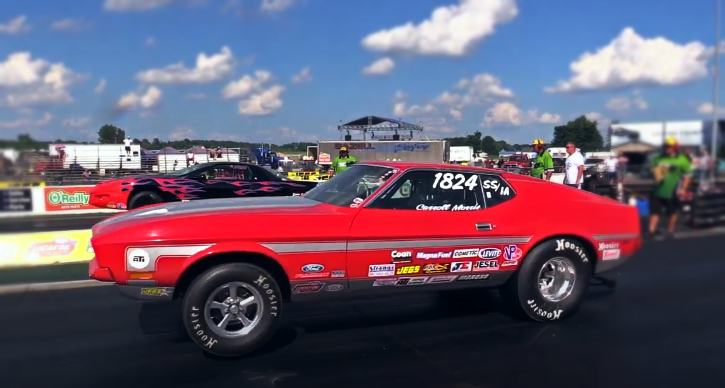 super stock ford mustang drag racing