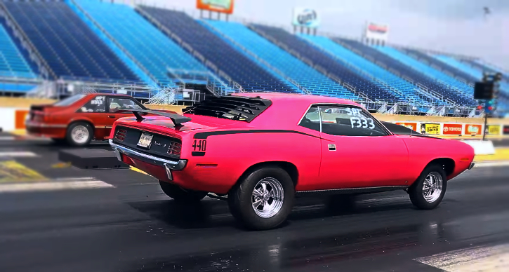 moulin rouge 440 plymouth cuda drag racing